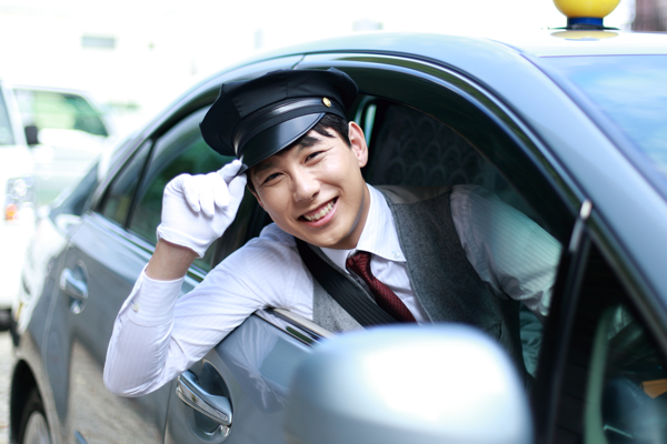 福岡市 さくらタクシー 乗務員